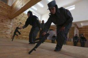 Afghan policewoman kill US adviser