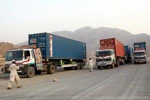 Pakistan trucks Afghanistan