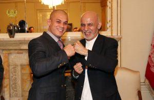 Ghani confers medal on Mubariz