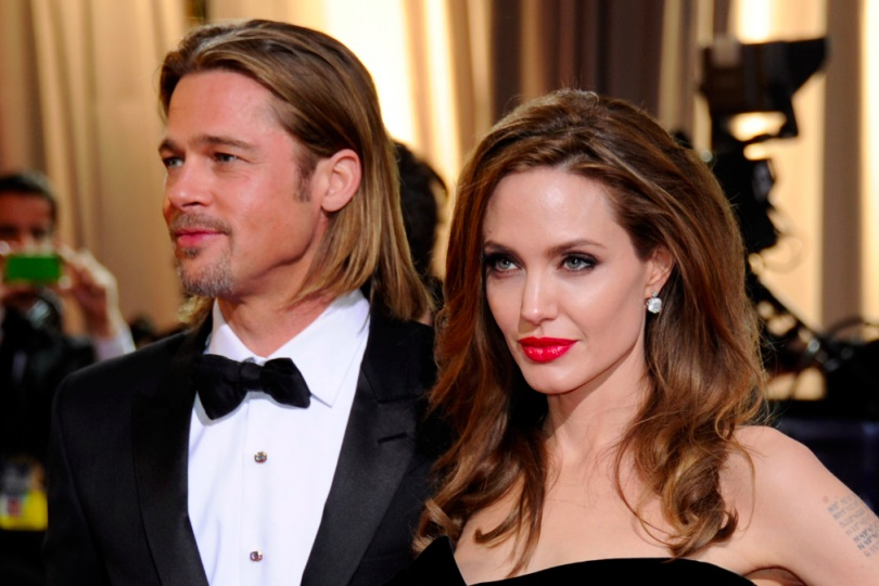 Madame Tussauds separates wax figures of Pitt, Jolie